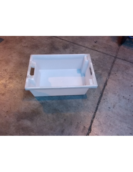 Bac plastique 600x400x200 gerbable / emboîtable - Palettes.fr