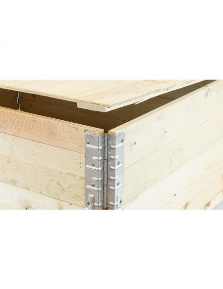 Couvercle 1200x800 mm posé sur une réhausse bois de dimensions 1200x800 mm - Palettes.fr